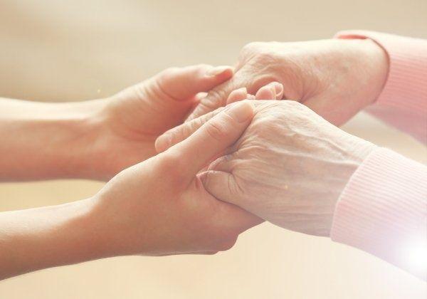 Досмотрим пожилого человека с правом унаследования жилья