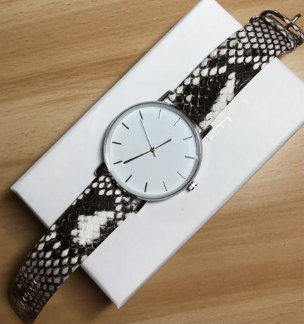 Nowy zegarek pasek w wężowy wzór