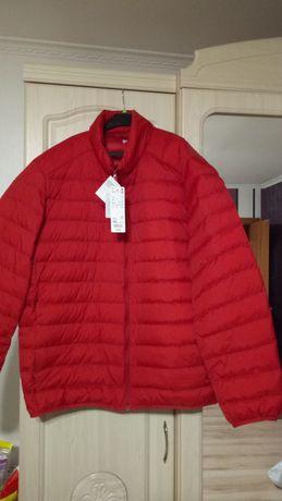 Продам куртку Uniqlo.