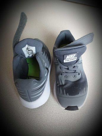 Buty Nike star runner rozm. 27.5