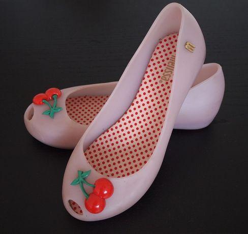 Dziewczęce balerinki Melissa z wisienkami - Piękne buty z wiśniami :)