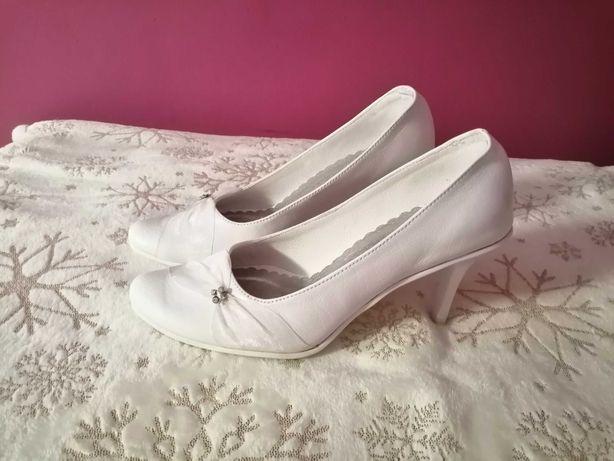 Buty białe ślubne 35