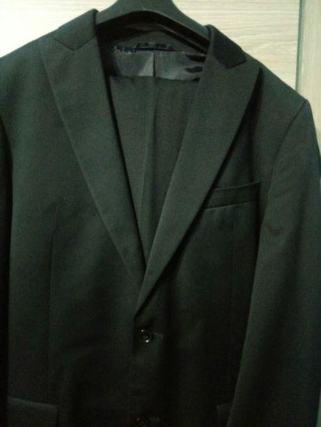 Czarny garnitur 182/96/86 slim