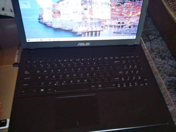 Laptop asus R 512 C