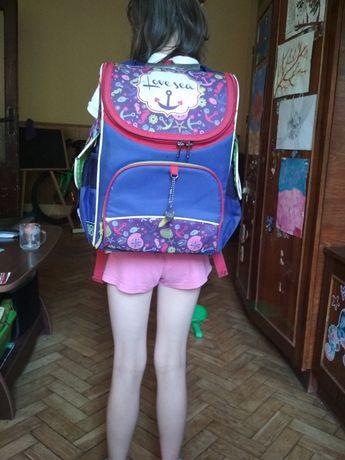 Рюкзак шкільний, рюкзак що тримає форму