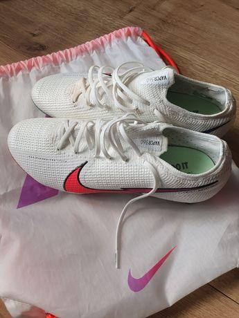 Buty piłkarskie Mercurial Nike
