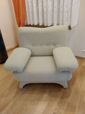 Fotel mało używany