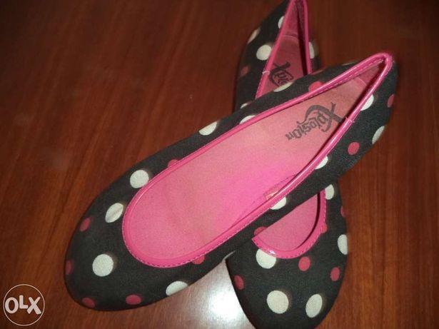 Sabrinas bolinhas / sapatos amarelos