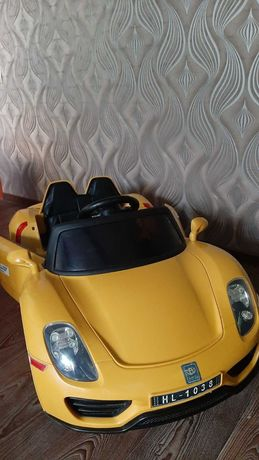 Электромобиль Bambi Porsche Spyder Yellow (M 2765)
