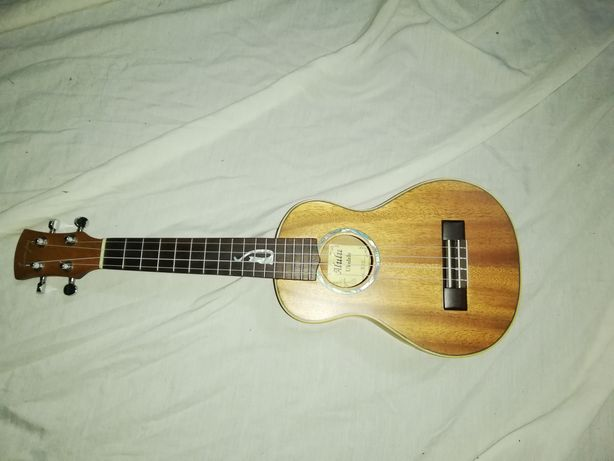Ukulele concerto alta qualidade em madeira maciça