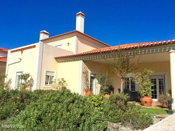 Moradia T3 situada no Praia d'el Rey Golf & Beach Resort ...