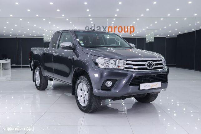Toyota Hilux VII Pick-up 2.4 D