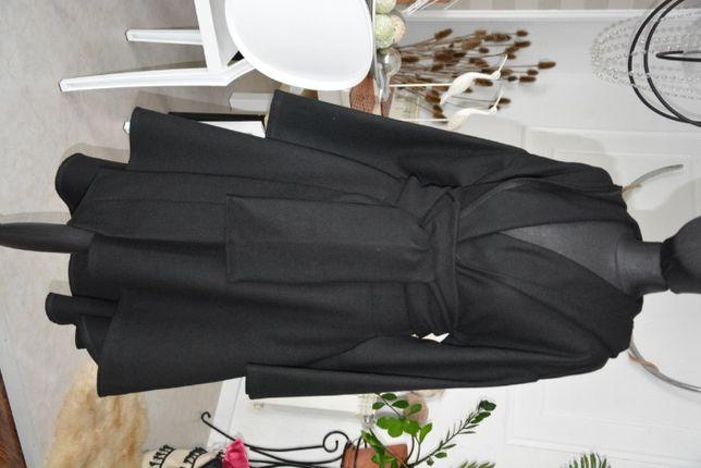 46-52 płaszcz czarny wełna 100%  rozkloszowany  XXL plus size