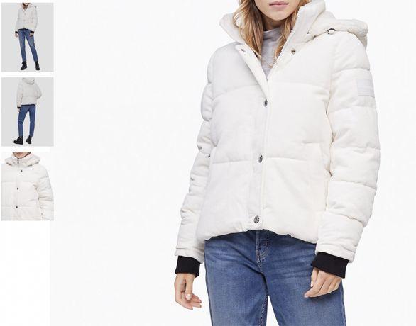 Куртка вельветовая Calvin Klein белая и черная пуховик