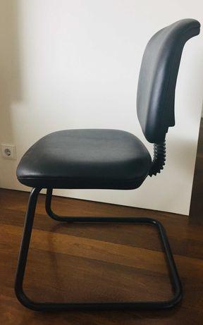Cadeiras de escritório em pele super confortáveis e como novas