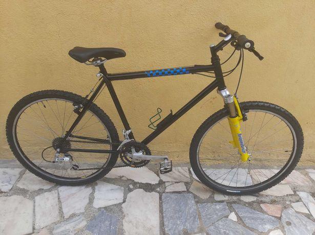 Bicicleta BTT Cidade