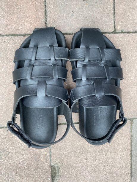 Кожаные сандали zara