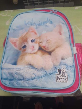 Plecak z kotkami