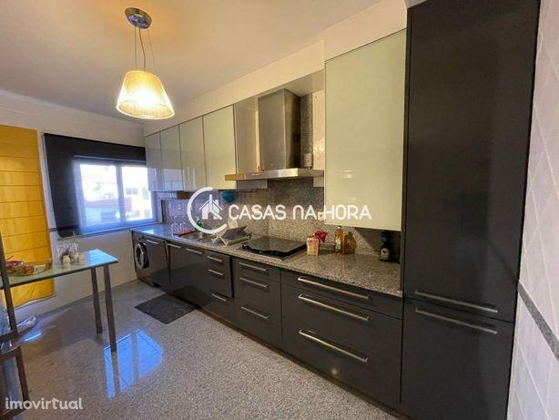 Apartamento T2 em Porto Salvo  Oeiras