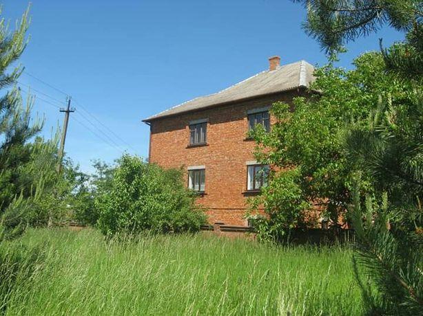 Продам будинок в м. Ходорів. Дом.Можливе розтермінування.