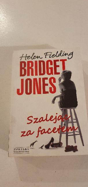 Helen Fielding Bridget Jones Szalejąc za facetem