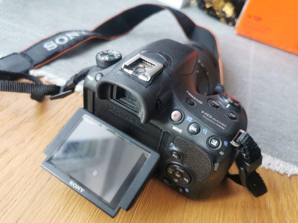 Lustrzanka Sony SLT-A58K zestaw niski przebieg