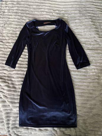 Сукня розміру S