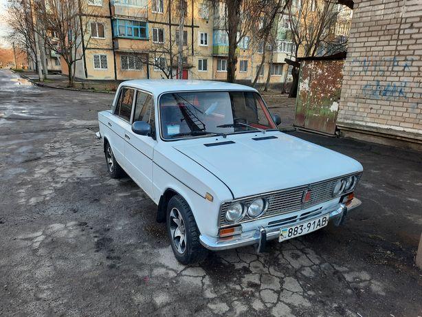 Продам ВАЗ2103  Бензин.