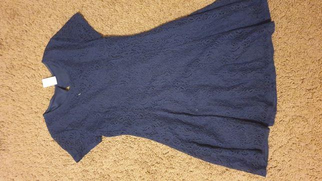 Sukienka niebieska koronka 134/140, piękna