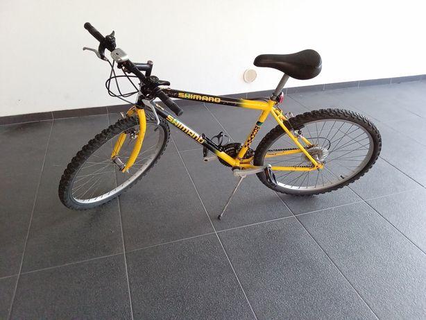 Bicicleta Amarela Shimano