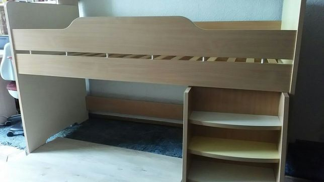 """Детакая кровать """"домик на дереве"""" срочно"""