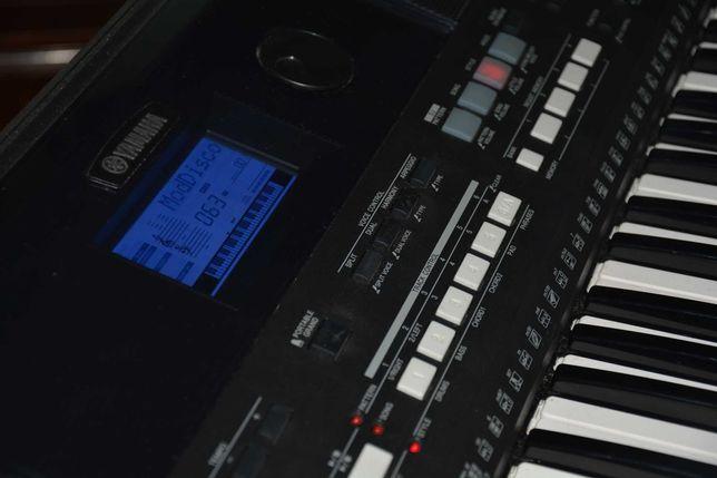 Teclado  Yamaha PSR E-433