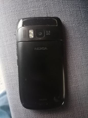 Telefon Nokia E6 qwerty
