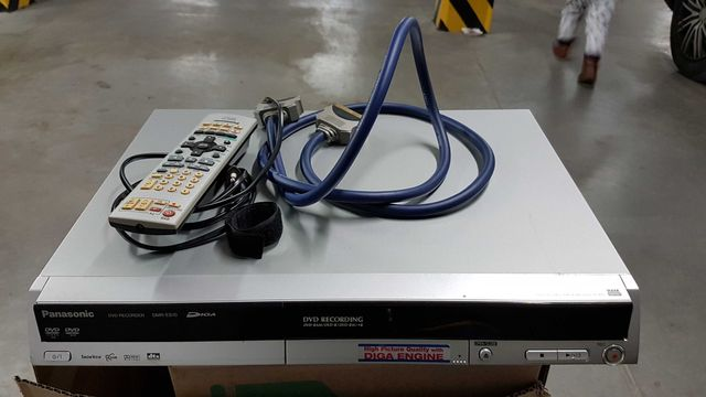 Panasonic DVD DMR-ES10 odtwarzacz nagrywarka