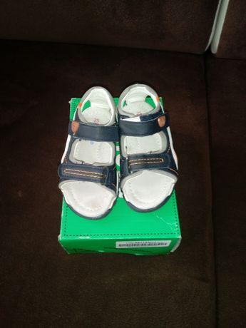 Sandały sandałki 25 Coccodrillo