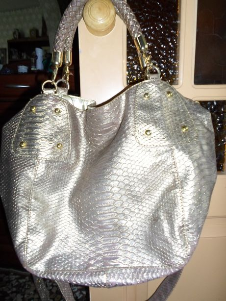 продам сумку кожзам