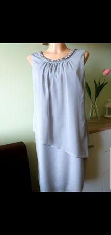 Sukienka w jasno-gołębim odcieniu, rozmiar 42