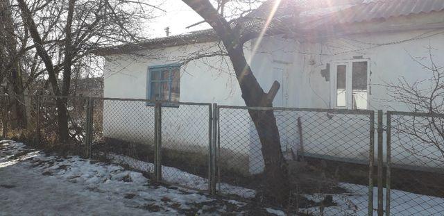 Будинок ДВОКВАРТИРНИЙ в Центрі м.Берестечко !!!
