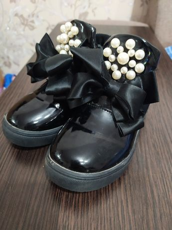 Ботиночки туфли тапочки сапожки
