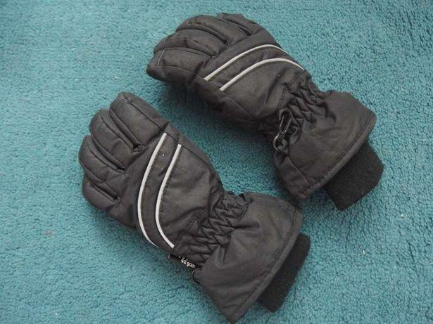 Rękawiczki na śnieg, tanio!