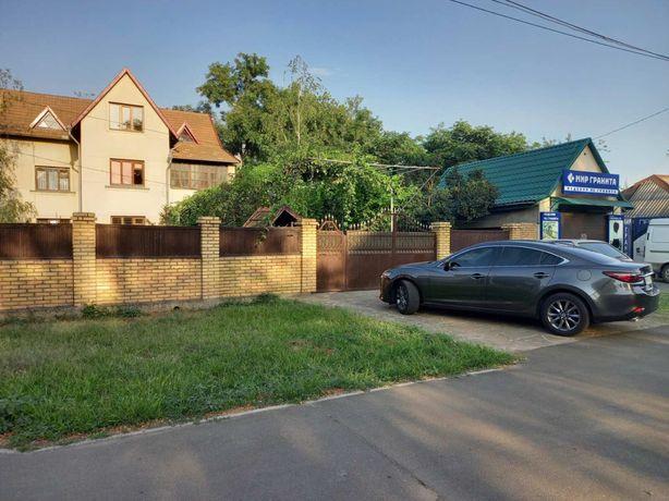 Продам 2х этажный дом с мансардой -210000$