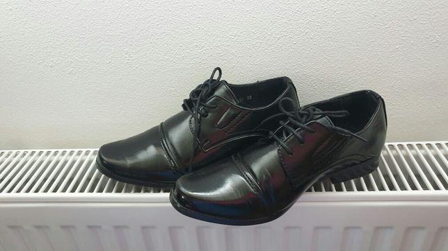 Eleganckie wizytowe buty dla chłopca roz 33/22.5-23cm