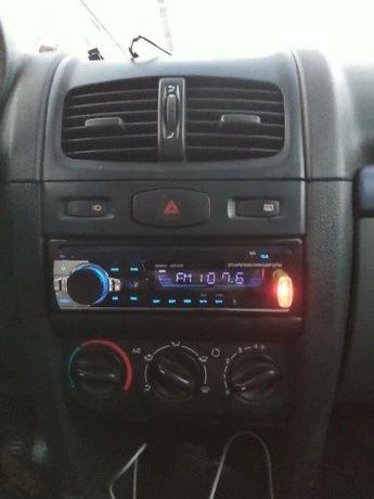 Auto-Rádio Mp3 Universal/Microfone incorporado/Kit mãos livres/ NOVO