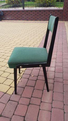 Krzesła PRL nie zniszczone