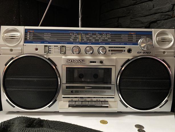 Radio sharp 5757