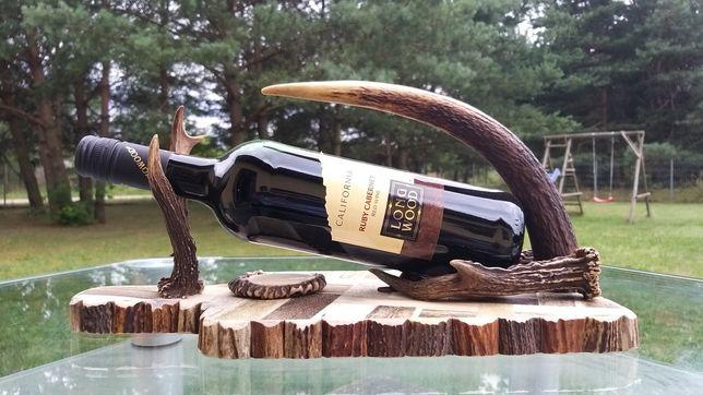 Nalewak uchwyt do wina z poroża jelenia, rękodzieło