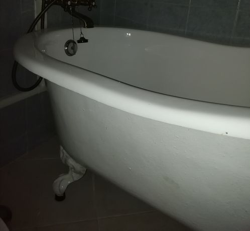 Banheira em ferro fundido esmaltada