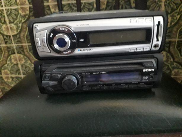 Dois radios um Sony e outro blakpunt