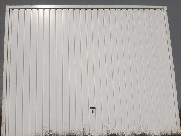 Porta  de garagem