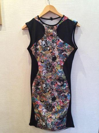Красочное платье c ярким принтом